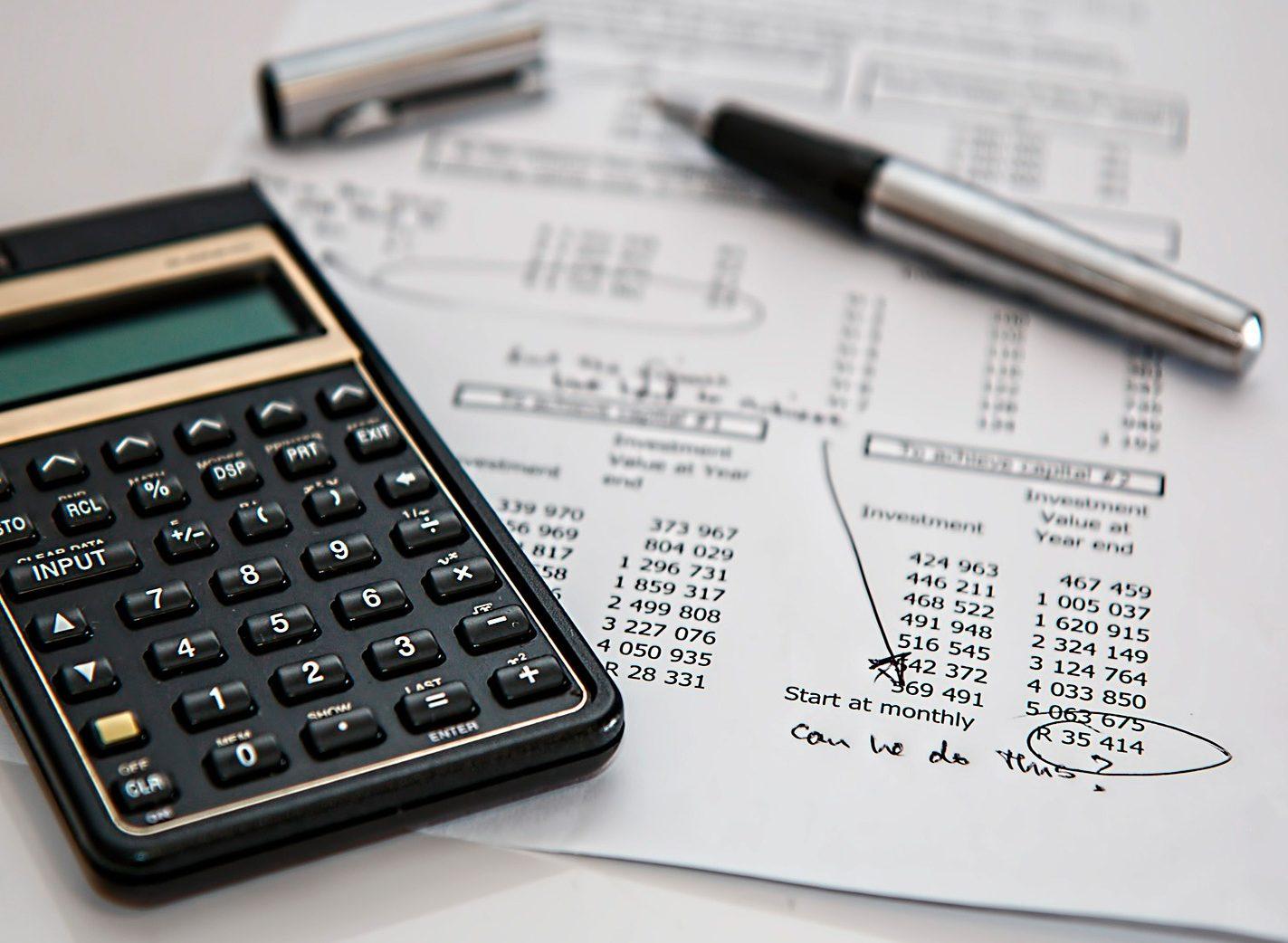 ¿Cómo hacer una factura de autónomo?