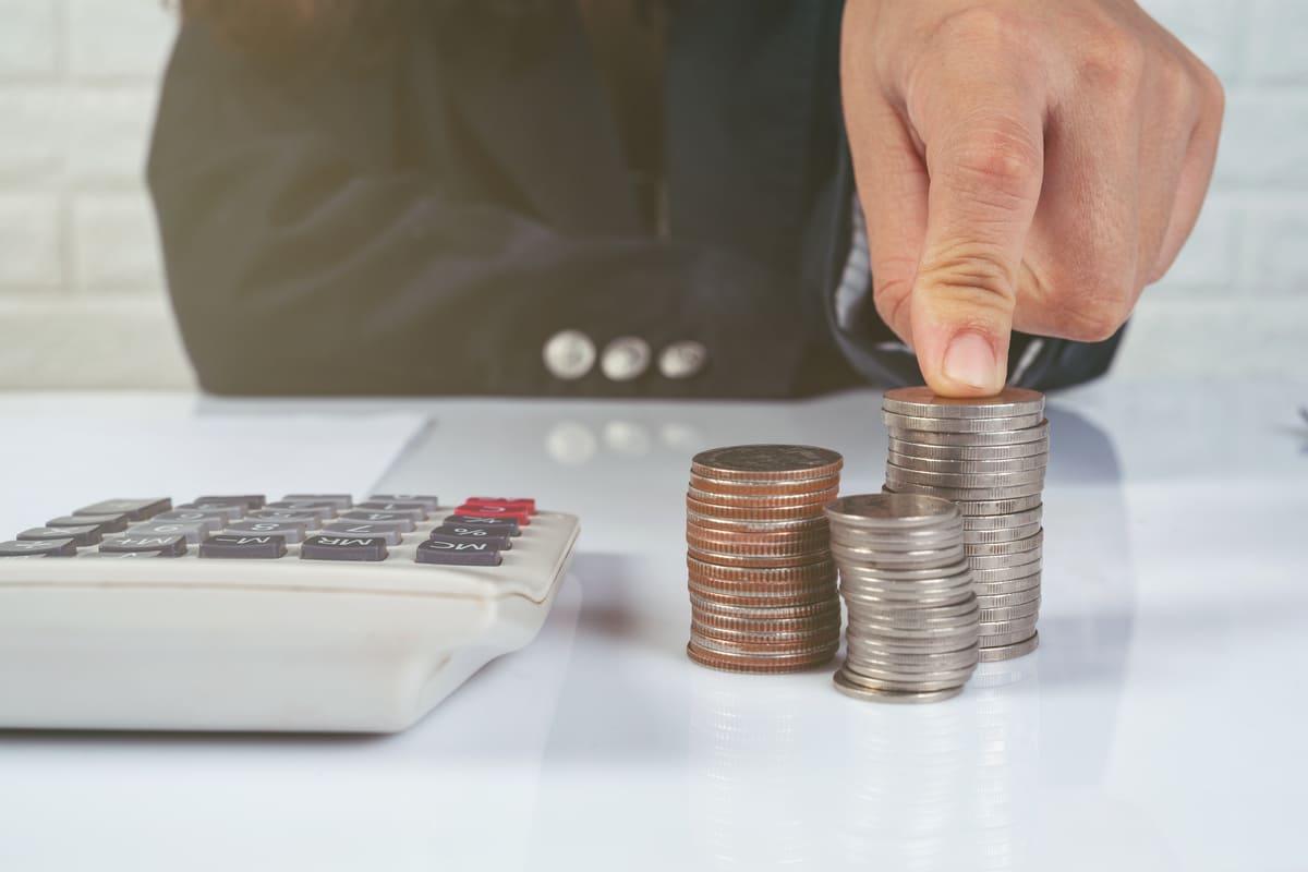 ¿Qué impuestos paga un autónomo en 2021?